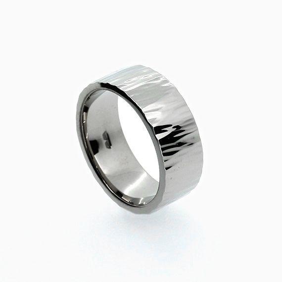 Roche Wedding band in 950 Platinum
