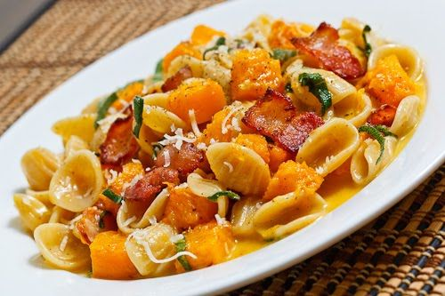 Butternut Squash CarbonaraFavorite Pasta, Zucchini Carbonara, Squashes Carbonara, Pasta Dishes, Food, Butternut Squashes, Closets Cooking, Favorite Recipe, Dinner Tonight