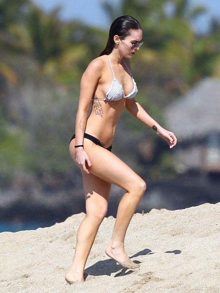 Megan Fox - bikini beach vacation candids in Hawaii, February 19, 2012 photo 403926   celebshot.us
