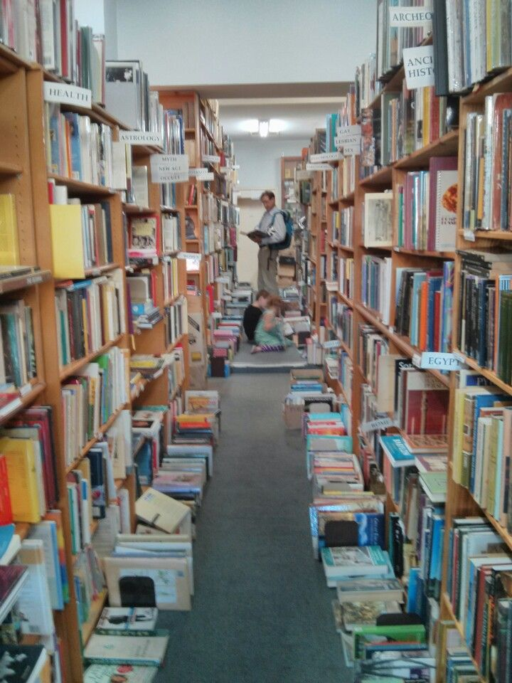 2nd hand and collectable books for the win! : Grub Street Bookshop in Fitzroy, VIC