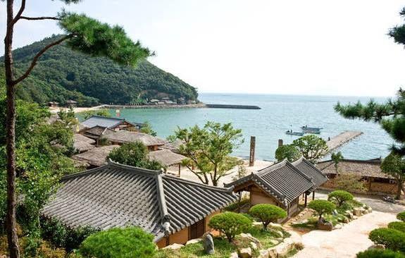 Seaside village in Ganghwado