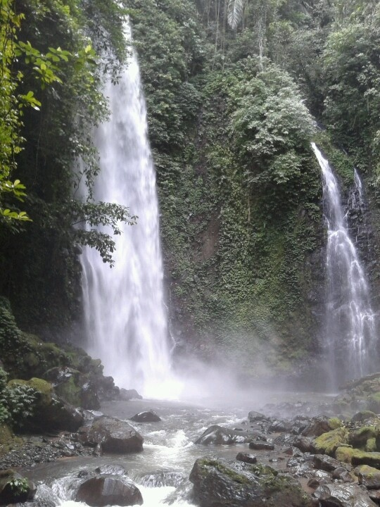 Air Terjun Pineleng
