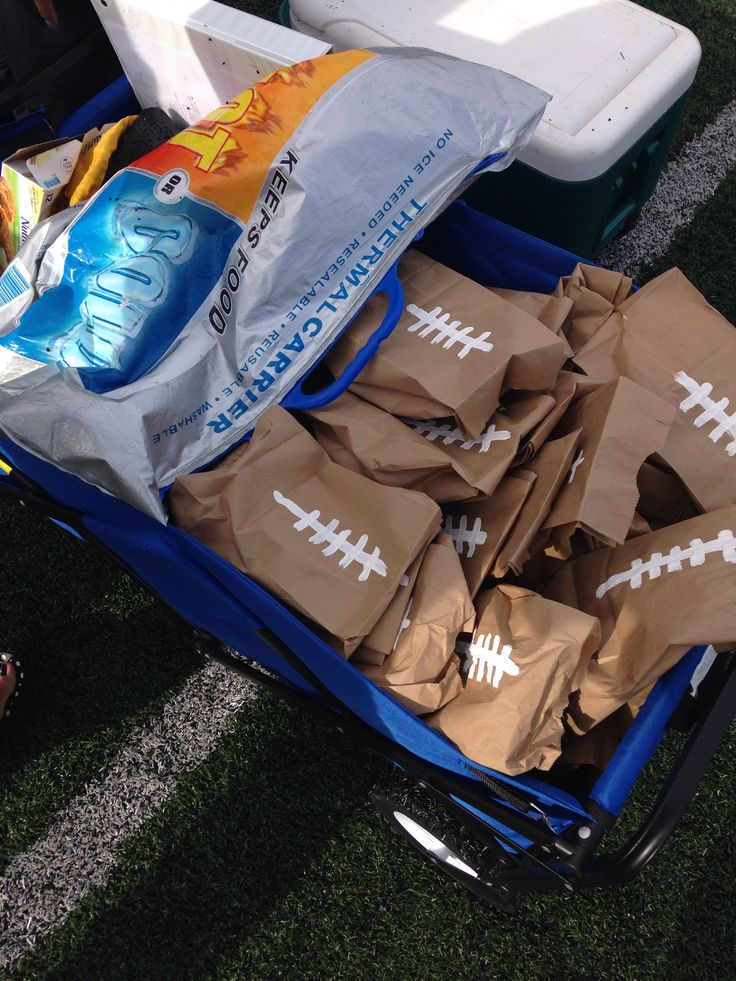 Post game football snacks- Raider Flag Team for the Victory