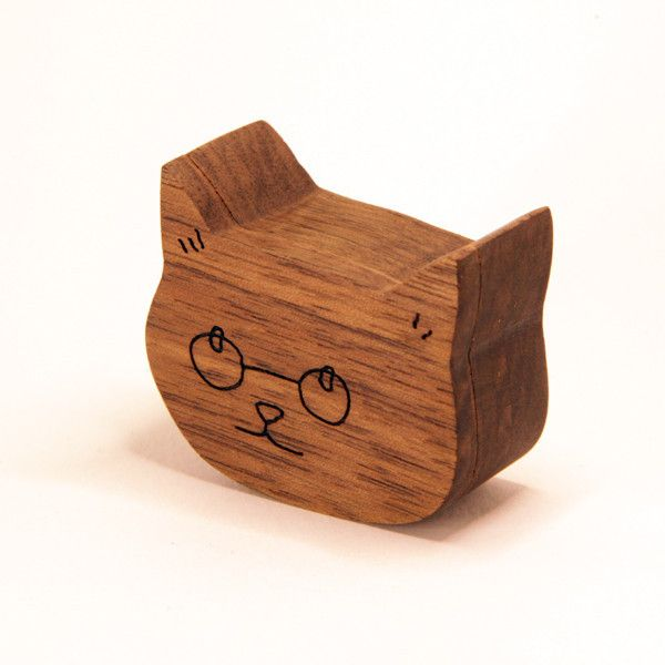 The Glasses Cat pillbox is my favourite cat. He can be made from walnut or cherry, with rare earth magnets built into a satisfyingly snappy lid.