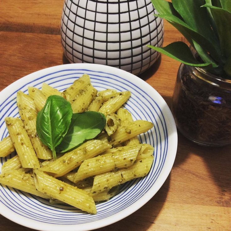A simle pasta dish with some Sacha Inchi Oil drizzled over the top for a great meal with Omega 3,6 and 9.