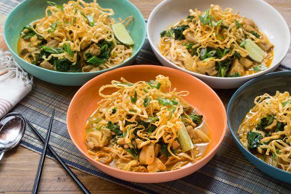 Chicken+Khao+Soi+with+Crispy+Wonton+Noodles+.+Visit+https://www ...