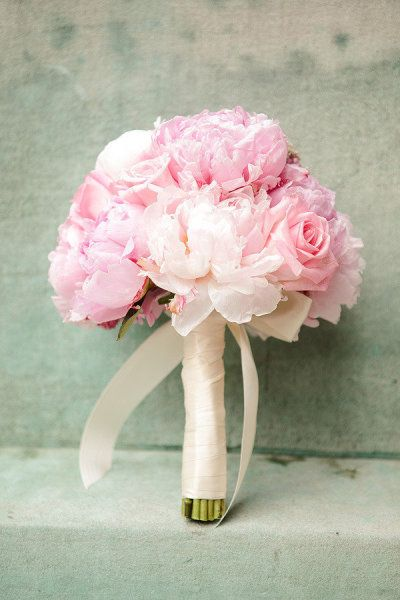 light pink bouquet- love the flowers but want to add leaves/ foliage