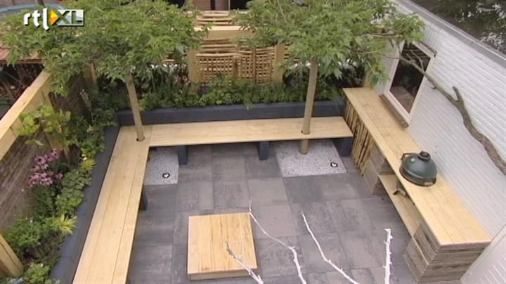 Koken en eten in strakke tuin eigen huis tuin for Hoofdbord maken eigen huis en tuin