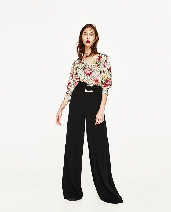 Blusa Zara flores cute.