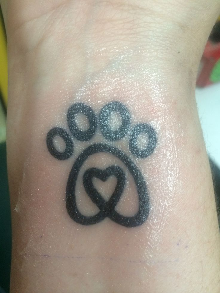 dog paw tattoo in memory of pluto ink pinterest dog paws dog paw tattoos and paw tattoos. Black Bedroom Furniture Sets. Home Design Ideas