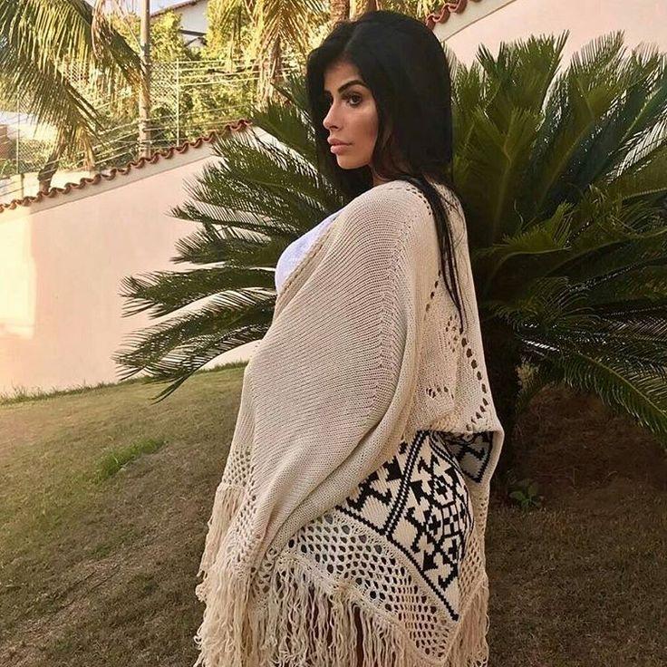 *Coleção Outono/Inverno 2017* Poncho de Tricot com Franjas, disponível em Areia, Azul Marinho, Preto e Branco. Tamanho Único, mega confortável e estiloso!! R$139. 👗Loja virtual de Moda Feminina👗  📱Vendas pelo whats (11)99292-1390📱  📦Entregamos em todo Brasil📦  💳Parcelamos em até 12x💳    #quimono #tricot #trico #kimono #mangalonga #ootd #ootn #look #lookdodia #moda #modafeminina #lookbalada #outfit #modaoutono #modainverno #inverno #lookinverno #inverno2017 #outonoinverno2017…