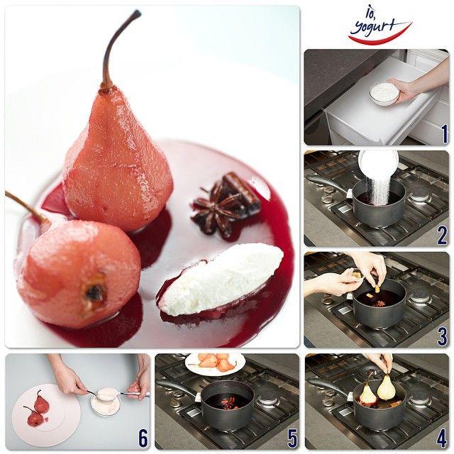 """""""Pere al vino rosso con quenelle di frozen yogurt greco #IOYOGURT #frozenyogurt #yogurtgreco #pere #dessert #frutta #vino #ricette #food [4 pere, 400ml di…"""""""