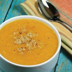 Cremige Quinoa Kürbissuppe mit frischem Ingwer Rezept