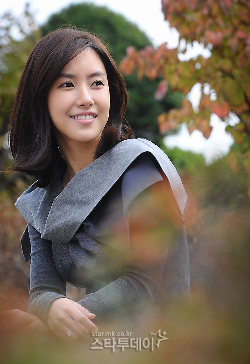 Kim Yun-Seo 김윤서