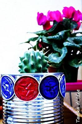 aluminium pot decorated with nespresso  caps