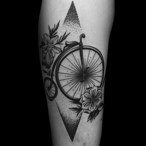 Penny farthing tattooed by Luke. @ledhandsluke :) ☺️