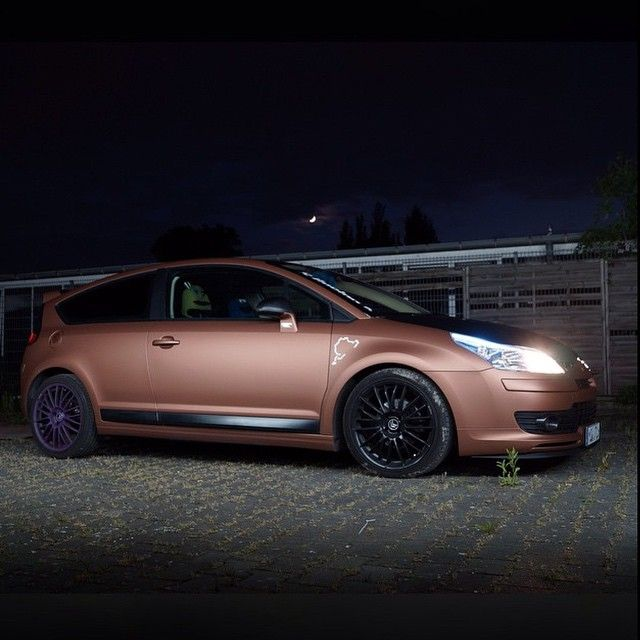 C4 By Night Owner: @turboyoda93 Photo: @frenchasfuck #whoreyourcitroen #citroen #c4 #vts #vtr #bronze #frenchasfuck #frenchy #chevrons #clean #night #modified #fresh #tidy #euro #nightshoot #clean #alloys #light #moon # # # #