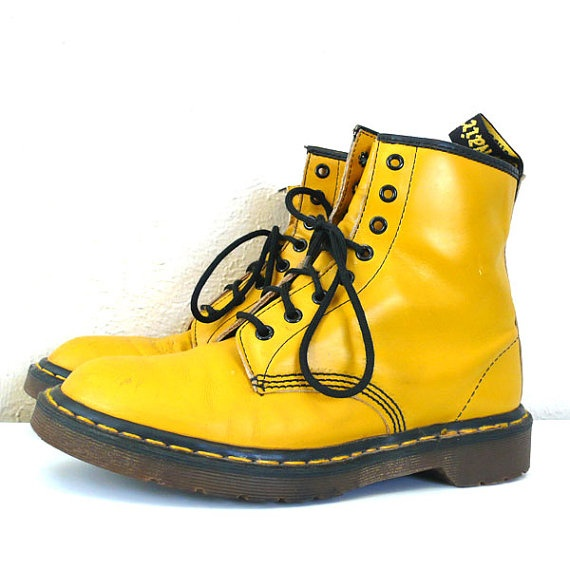 17 Best images about Dr Martens on Pinterest | Urban outfitters ASOS and Flower prints