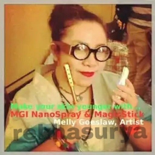 Ingin facial tapi malas ke salon, Nano Spray MCI solusinya.  Nano Spray adalah alat kecantikan dengan teknologi dari Jepang yang mengubah ukuran air menjadi partikel nano ( lebih kecil dari mikro ) sehingga dapat meresap ke dalam pori-pori kulit wajah, yg mana tidak kita dapatkan dengan hanya mencuci wajah saja.  Manfaat Nano Spray :  Melembabkan dan Menyegarkan Kulit Membantu Mengurangi Jerawat Menghilangkan Noda Hitam Mengurangi Komedo Menunda Penuaan Dini Pada Kulit Wajah Meminimalisir…