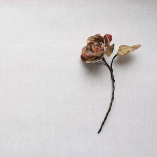 Kim Kötter geeft romantische tips. Wat betreft de romantische trends: 2013 staat voor puurheid. Dus pure, gezellige dingen doen met elkaar