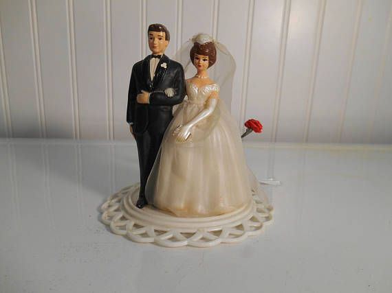 how to make a wedding cake at home 25 best ideas about vintage wedding cake toppers on 15881