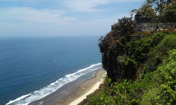 Breathtaking view of the ocean @ Uluwatu.