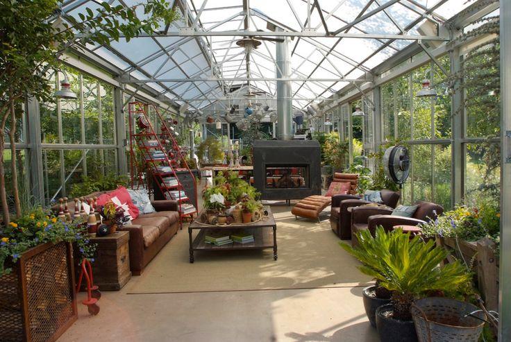 Large greenhouse interior - http://garden-greenhouse.se/