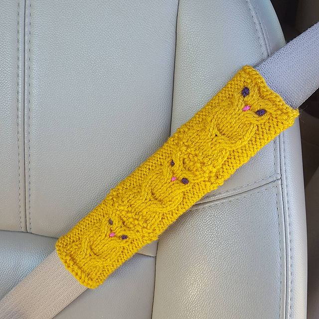 Ravelry: Owl seat belt cover pattern by Amber Tinker