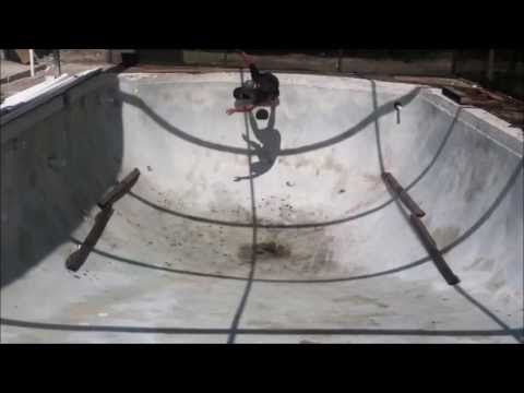 old scool pool skating (+playlist) my cousin is so awsome lol he is mason harris on here(pintrest)