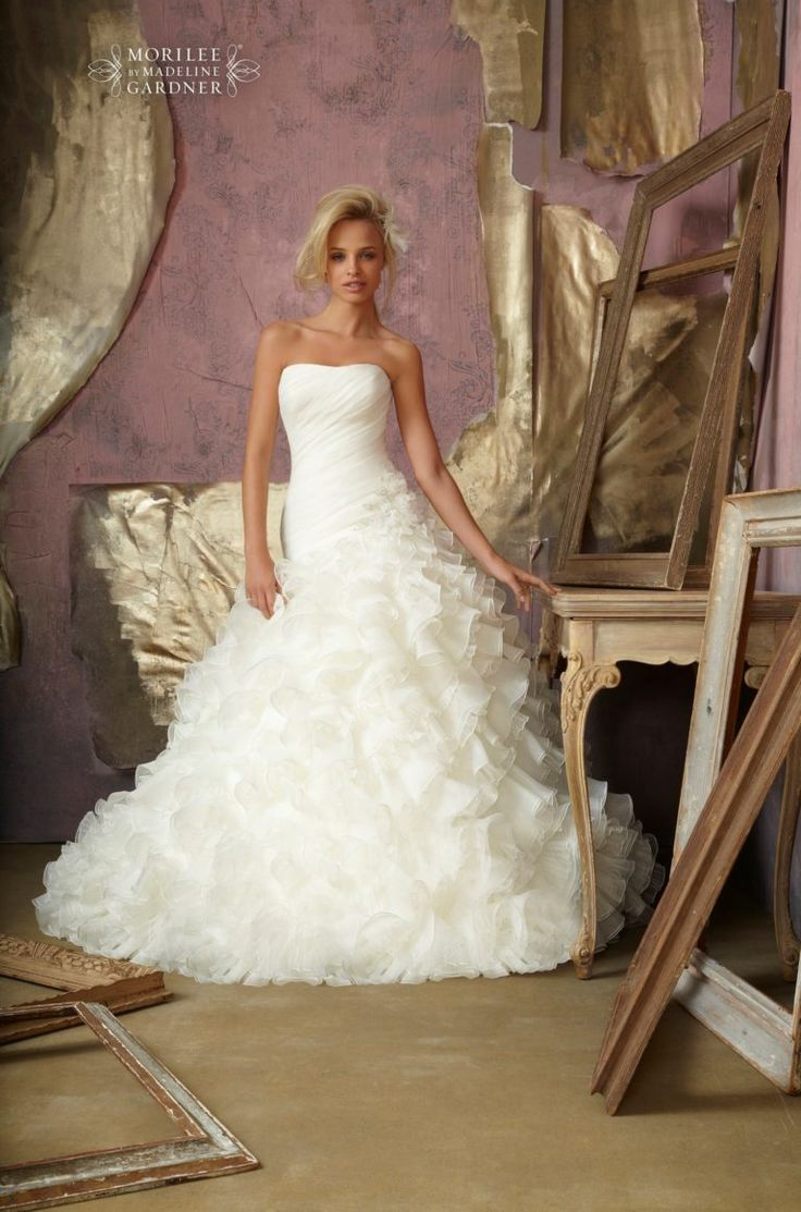 Mit vegyenek fel a nők, és férfiak az esküvőre ? | Magyar cégek gyűjteménye