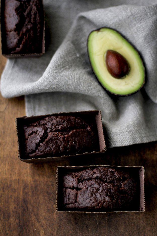 mini plum cake senza uova né lattosio con earl gray, cioccolato e avocado by Vanigliacooking