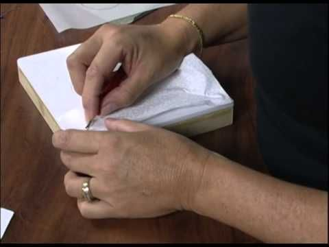 TUTORIAL PATCHWORK EMBUTIDO - PORTA CHAVES - YouTube