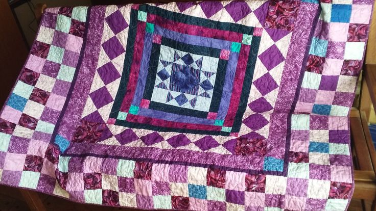 Handmade Patchwork Lap Sofa Quilt Quiltsy Idaho by MooseCarolQuilts on Etsy
