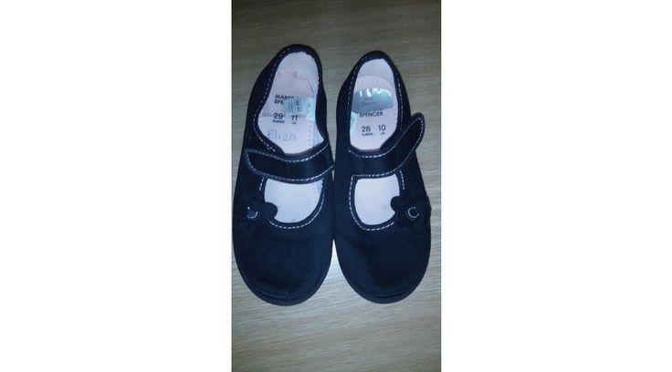 Gyermek szobacipő - Gyermek cipő - Márkás új,outlet és használt divat,sport ruházat, angol használt ruha turkáló. Olcsó,egyedi,minőségi ruhák webáruháza. Angol webturkáló