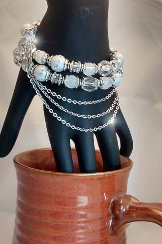 beads and chain on memory wire