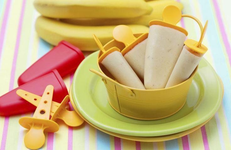 Ricetta ghiaccioli alla nutella - La ricetta per preparare in casa, in maniera semplice, una merenda per i bambini gustosa e rinfrescante: i ghiaccioli alla nutella.