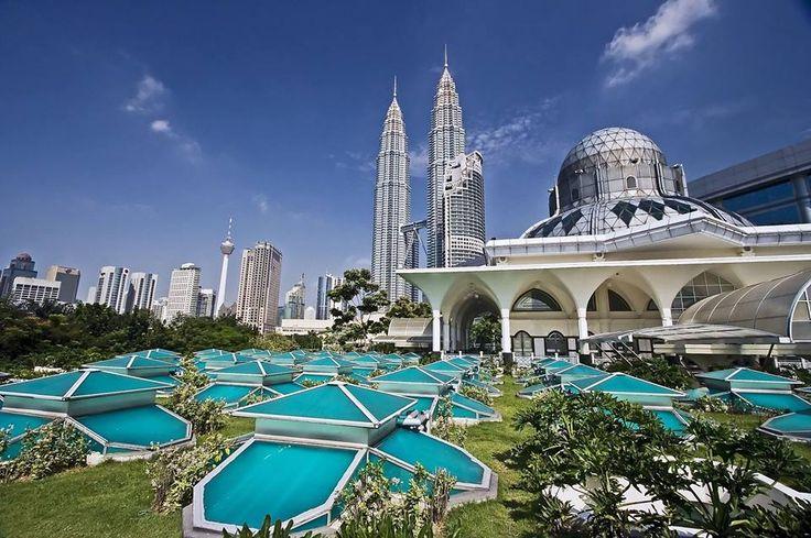 Kuala Lumpur. Malezja / Куала-Лумпур. Малайзія  www.nevadatravel.pl