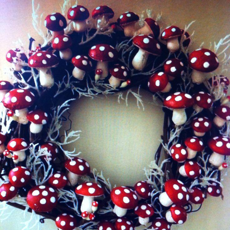 Amanita mushroom wreath