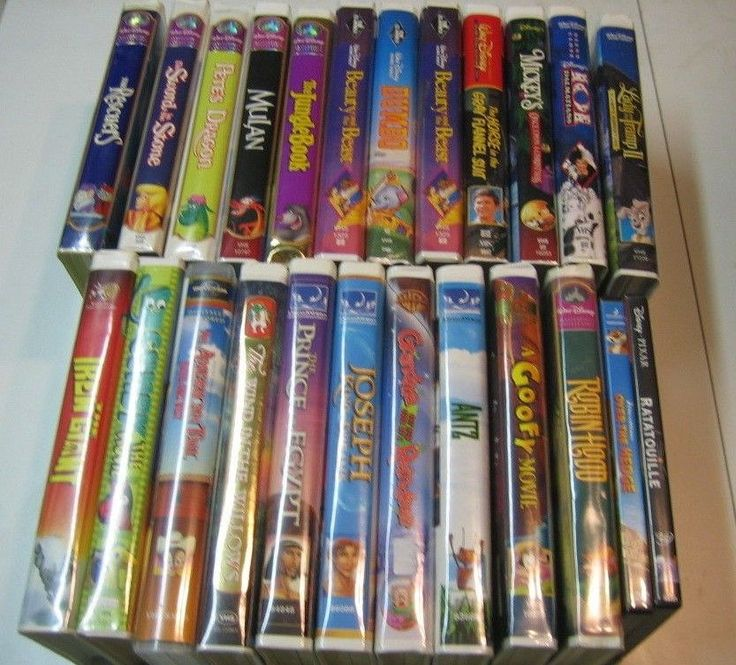 Disney VHS Tapes, lot of 24 Movies some black diamond Dream Works WB DVD Kids