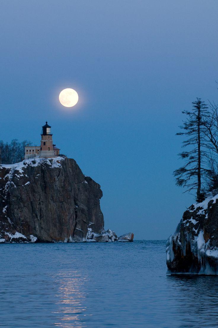 Winter at Splitrock Lighthouse State Park