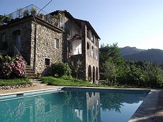 a bit wow! Villa in San Romano, Bagni di Lucca, Tuscany. not clear availability.