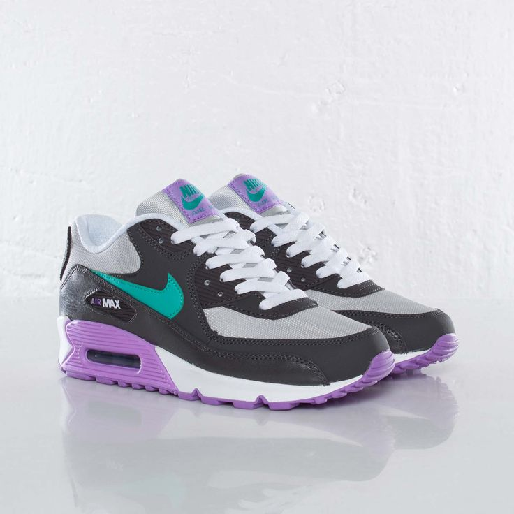 nike air max 90 womens black purple plumeria