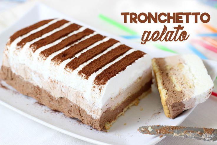Il tronchetto gelato è un dolce molto semplice e veloce da realizzare, infatti vi basterà avere: panna, yogurt, cioccolato e biscotti! Ideale da