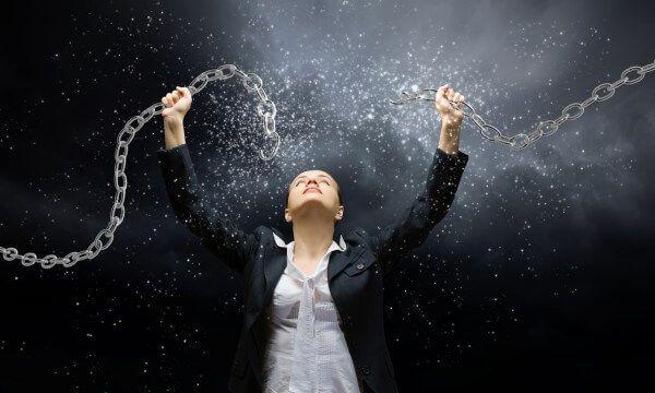 8 způsobů, jak se osvobodit od své minulosti. Nechte to už být