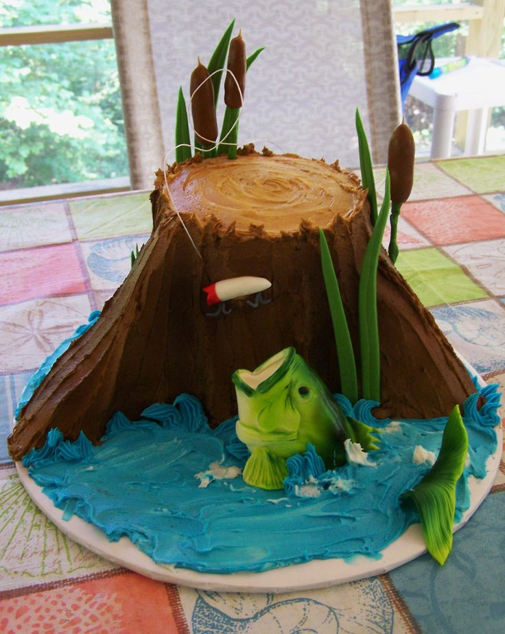 Fishing themed cake cakes i 39 ve made pinterest groom for Fishing themed cakes