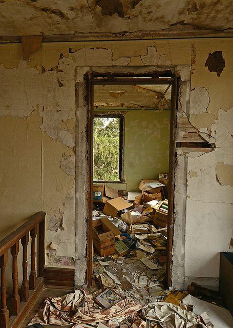 Abandoned books by jesiiii