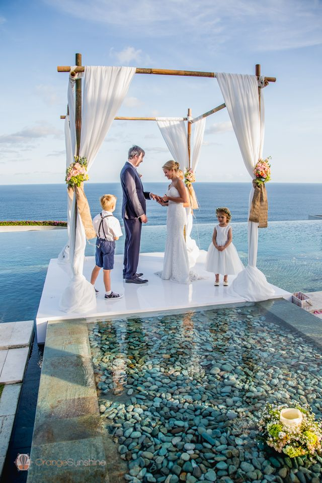 海をバックにしてロマンチックなウェディング♡バリでの結婚式一覧♡ウェディング・ブライダルの参考に♡