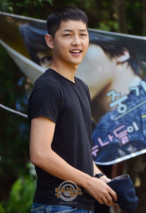 Song Joong Ki's enlistment *15