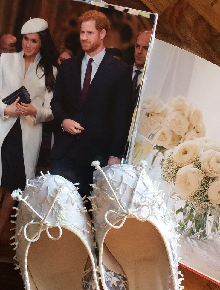 💖 What if Meghan Markle walked down the aisle in Josefinas? This is what we imagined for her. Handmade ballet flats for an unforgettable bride!    #NEWIN #Meghan #MeghanMarkle #handmade #flatshoes #bride #brides