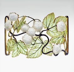 Necklace by René Lalique, ca.1898 - 1900, Museum of Applied Arts, Budapest, Hungary.